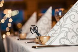 Wedding in Lumikartano Restaurant of Arctic Snowhotel in Rovaniemi in Finland